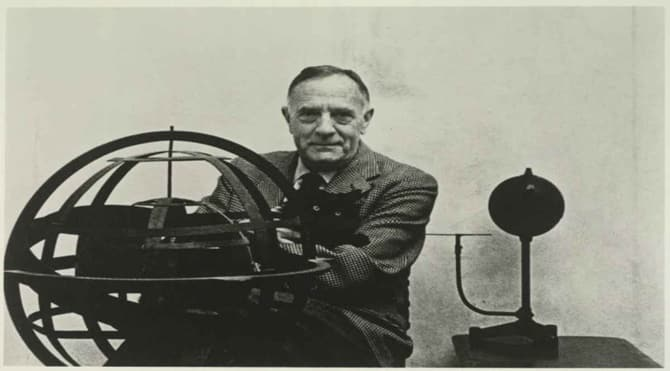 Photo of Edwin Hubble: Evreni Genişleten Adam